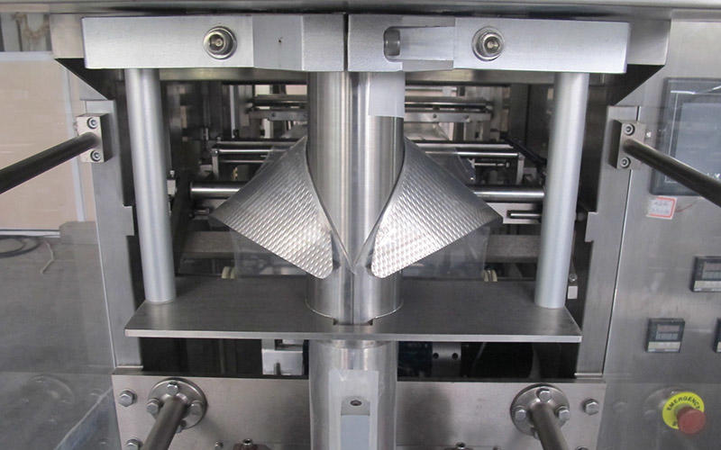 Hot pouch packing machine price form BAOPACK Brand